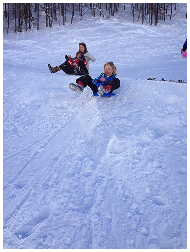 kids sledging, ski holiday with kids, val d'isere