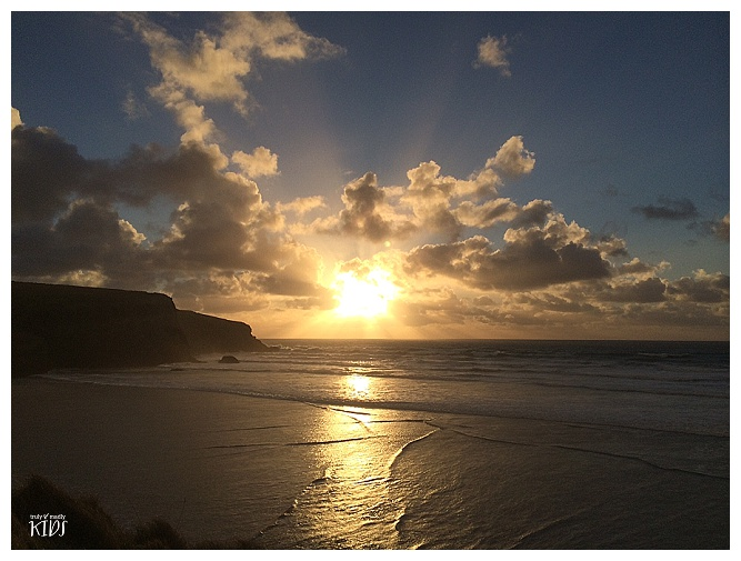 mawgan porth sunset, bedruthan hotel sunset, bedruthan steps hotel sunset