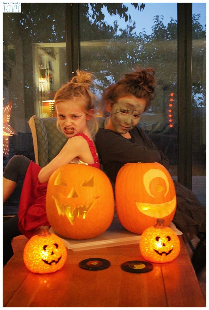 halloween costumes. halloween, pumpkins