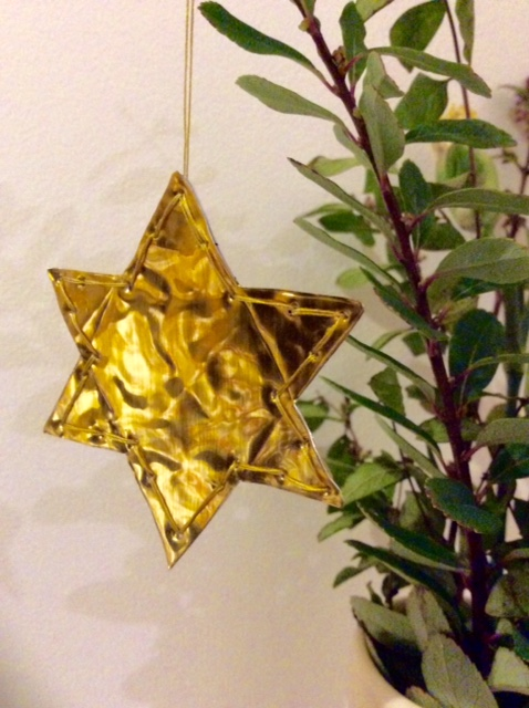 Make an Upcycled Christmas Decoration!