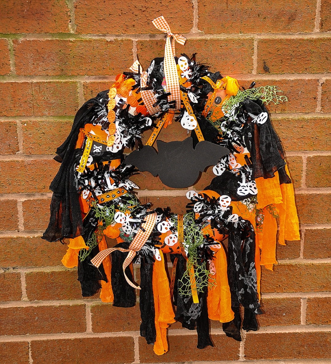 Bostik Halloween Wreath
