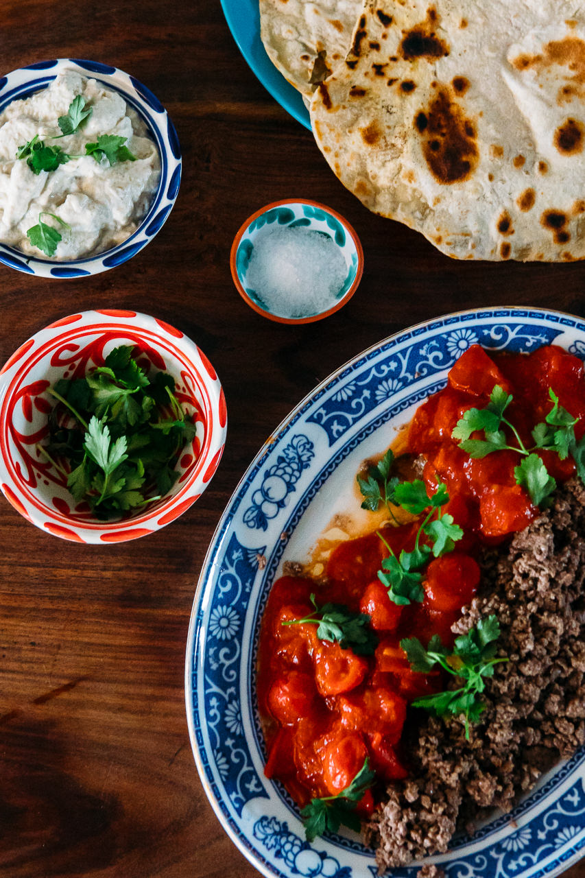 Baba Ganoush with beef parsley and flatbread