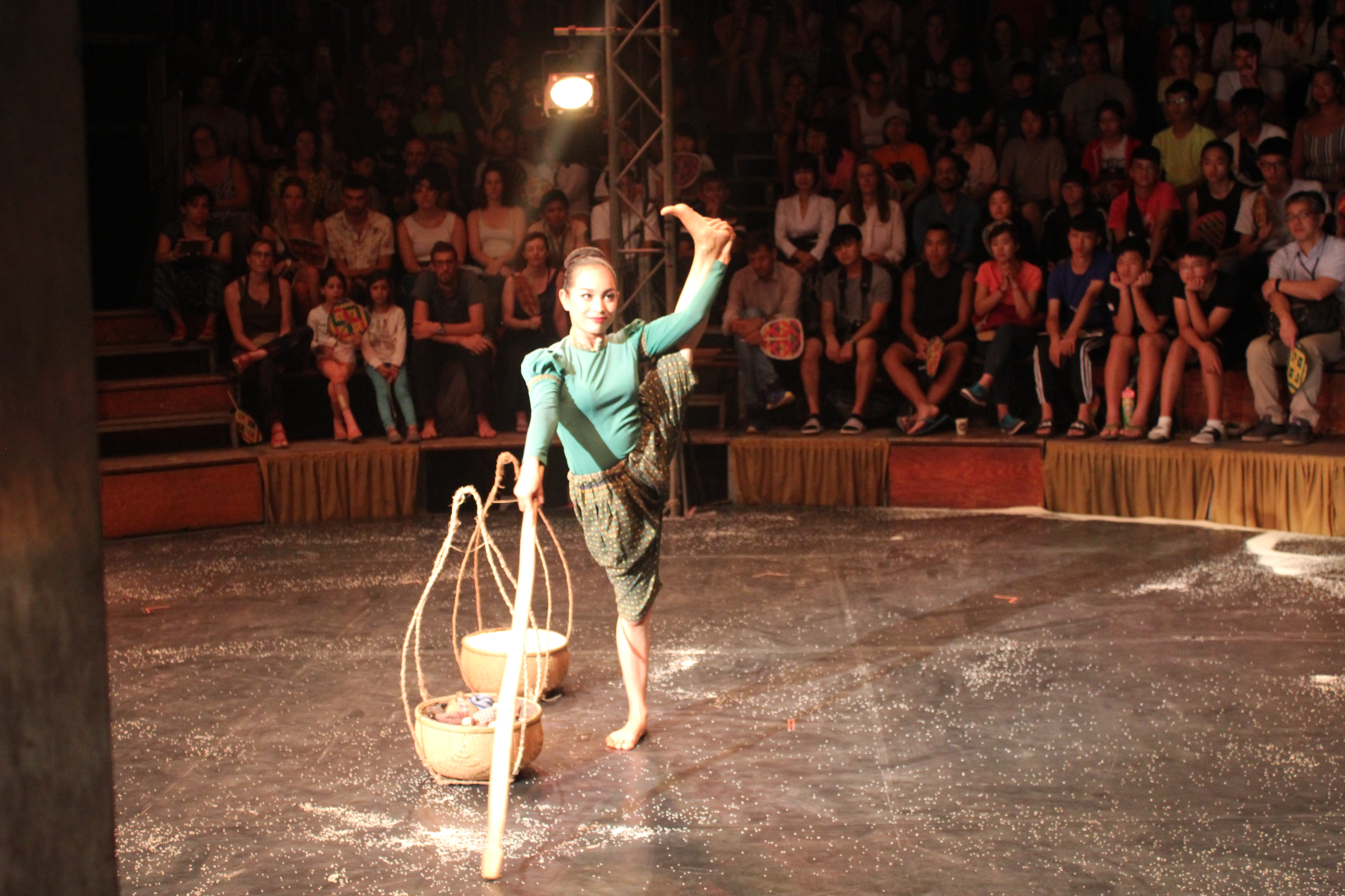 phare circus, siem reap itinerary